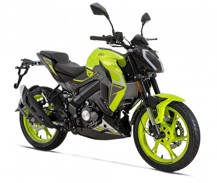 AKCE kup u nás motorku nebo skútr a získej slevu 20% na výbavu